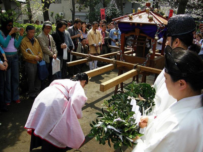 การคำนับแบบญี่ปุ่นในศาสนาชินโต