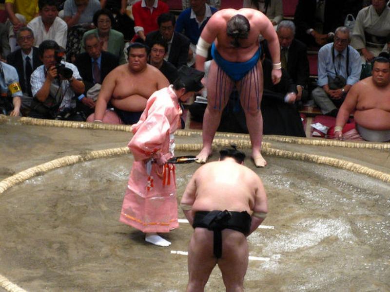 การคำนับคู่แข่งกีฬาแบบญี่ปุ่น