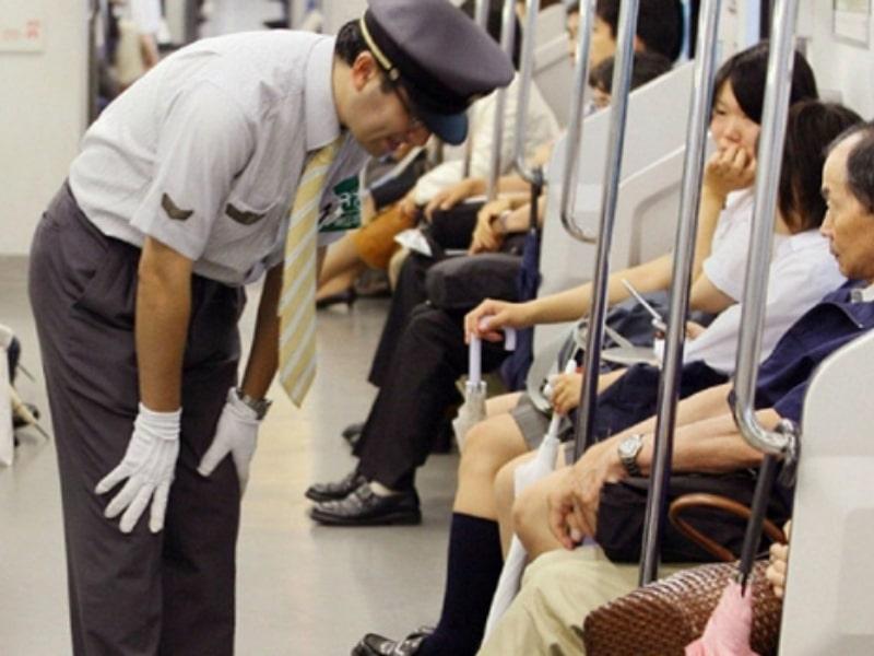 การขอโทษของคนขับรถไฟญี่ปุ่น
