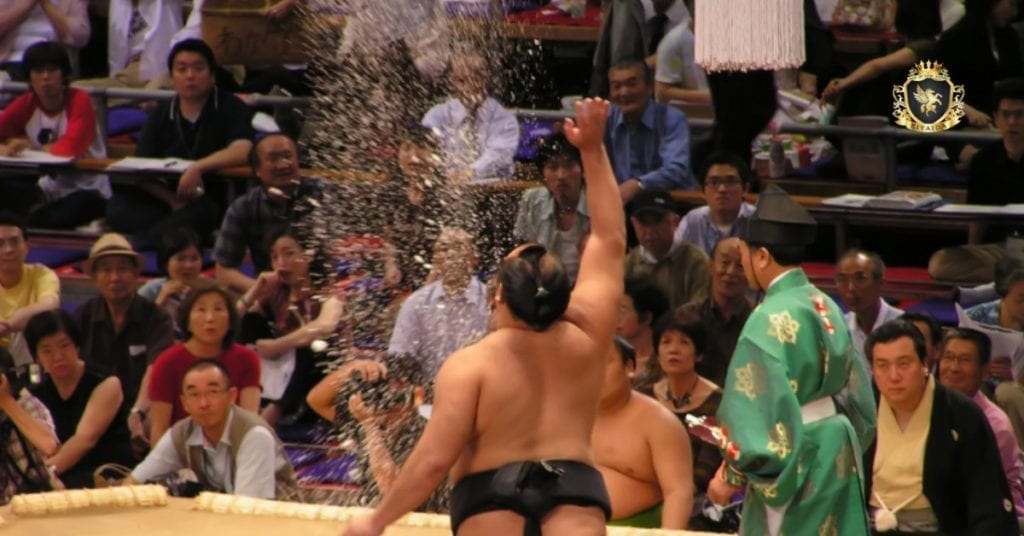 การแข่งขันซูโม่ในญี่ปุ่น