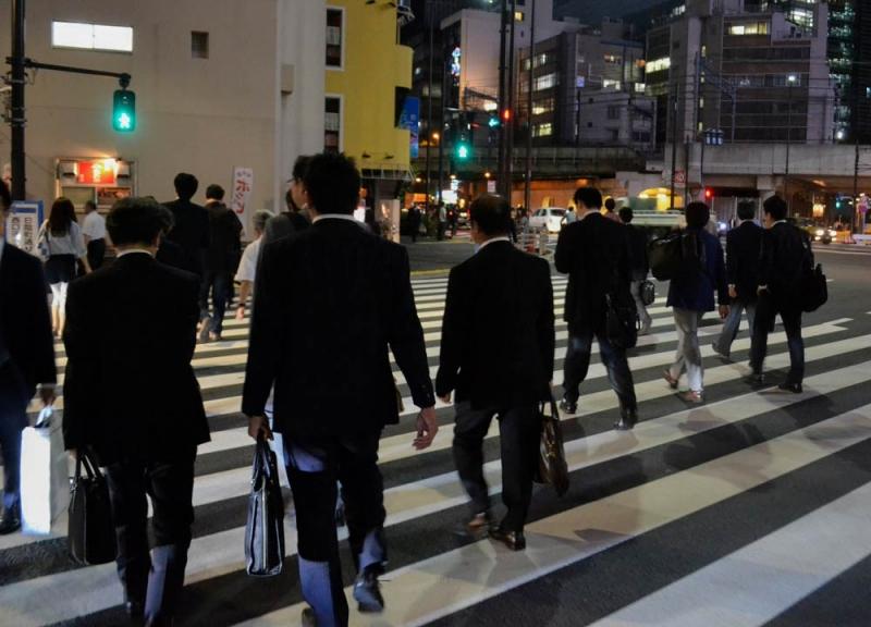 ย่านชุมชนแออัดโตเกียว ที่สถานีชิมบาชิ